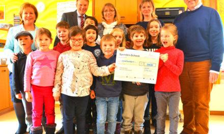 Kindergarten erhält Preis für Kürbiskreationen